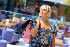 Woman in shopping mall Royalty Free Stock Photos