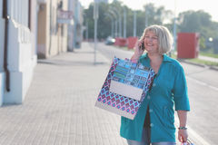 Woman shopping in summer Royalty Free Stock Photography