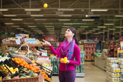Woman Shopping In Supermarket Royalty Free Stock Image