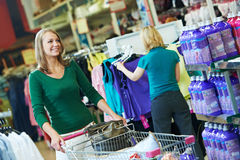 Woman shopping in supermarket Royalty Free Stock Images