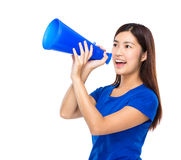 Woman shout with loudspeaker Royalty Free Stock Photography