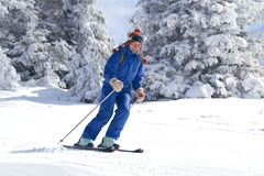 Woman skiing Royalty Free Stock Images