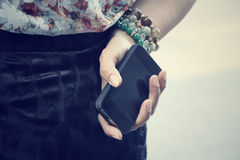Woman with smart phone Royalty Free Stock Photography