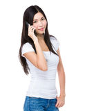 Woman talk to cellphone Royalty Free Stock Photo