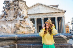 Woman talking cell phone in rome, Italy Royalty Free Stock Photos
