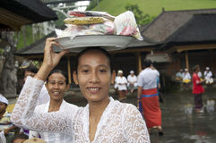 Woman at Tirta Empul Tempel Bali Stock Photos