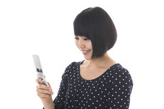 Woman to see a cellphone Royalty Free Stock Images