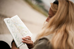 Woman with tourist map Royalty Free Stock Photography