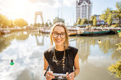 Woman traveling in Rotterdam Royalty Free Stock Photography
