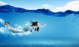 Free Woman Underwater Royalty Free Stock Photography - 44559127