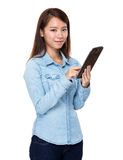 Woman use digital tablet Royalty Free Stock Photos