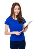 Woman use of note pad Stock Photography