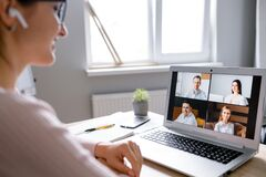 Free Woman Using App For Video Call To Several People Stock Images - 185568574