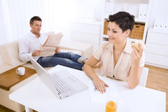 Woman using laptop computer Royalty Free Stock Photo