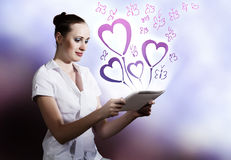 Woman using tablet pc Royalty Free Stock Photo