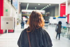 Woman walking in a mall Royalty Free Stock Images