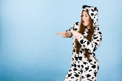 Free Woman Wearing Pajamas Cartoon Pointing Royalty Free Stock Photography - 89869947