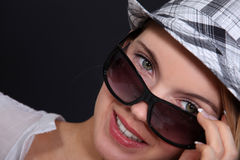 Woman wearing sunglasses Royalty Free Stock Photography