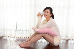 Woman who enjoys the coffee break Royalty Free Stock Photography