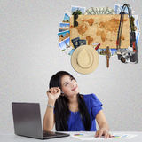 Woman wishing a vacation at famous place Royalty Free Stock Images