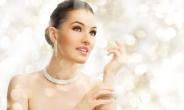 Free Woman With Jewelry Stock Photography - 22296402