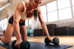 Woman working out at the gym Royalty Free Stock Images