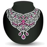 Woman& x27 ; collier de s avec les pierres précieuses Image stock