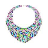 Woman& x27; s-halsband med ädelstenar Arkivbilder