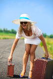 Womanl con il suo bagaglio Fotografia Stock Libera da Diritti
