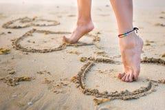 womans ног пляжа Стоковая Фотография