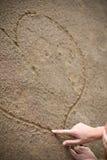 Womans Hand, die ein Inneres zeichnet Stockfotos