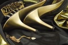 Womans Schuhe und Zubehör lizenzfreie stockfotografie