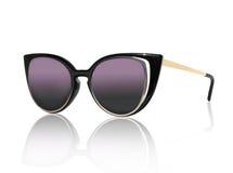 Women& à moda x27; óculos de sol de s isolados no fundo branco Fotografia de Stock