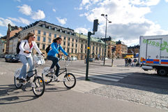 Women biking in Stockholm Stock Photography