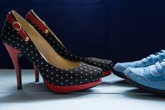 Women& classique formel x27 ; chaussures et espadrilles de s Photos libres de droits