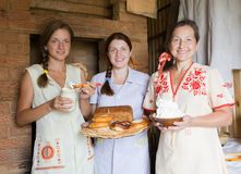Women with  farm-style meal Royalty Free Stock Photos