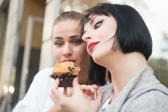 Free Women Look At Cupcake In Paris, France Royalty Free Stock Photography - 106329007
