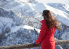 Women looks at the mountains Royalty Free Stock Photography