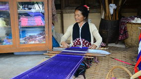 Women Pa-Ka-Geh-Yor (Karen Sgaw) was weaving. stock video