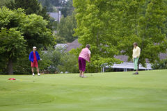 Women Playing Golf - Horizontal Royalty Free Stock Images