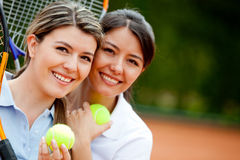 Women playing tennis Royalty Free Stock Images