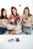 Women reading books Royalty Free Stock Photo