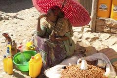 A women selling food, Ethiopia Royalty Free Stock Photos