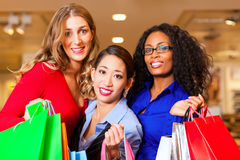 Women Shopping In Mall Royalty Free Stock Photos