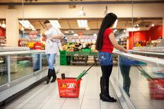 Women in shopping store shopping Royalty Free Stock Photography