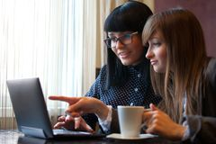 Women use netbook Royalty Free Stock Photo