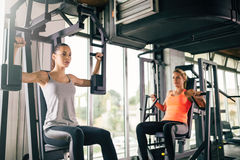 Women working out in gym Royalty Free Stock Photography