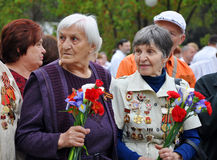 Women - World War II veterans with flowers Stock Photo