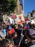 Women& x27 ; marche de s Photos libres de droits