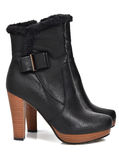 Womens winter boots Stock Images